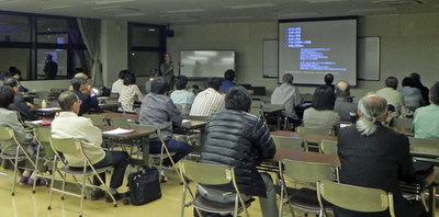 総会2013記念講演1.jpg